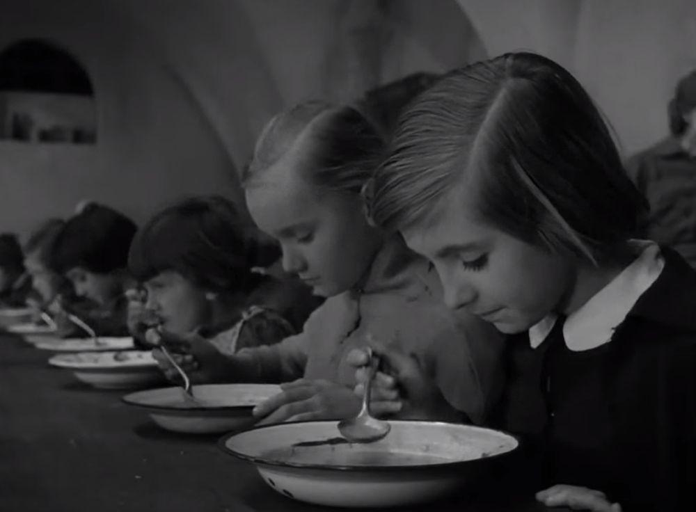 Certificat de naissance, Stanislaw Rózewicz 1961 Swiadectwo urodzenia P.P. Film Polski (13)_saveur