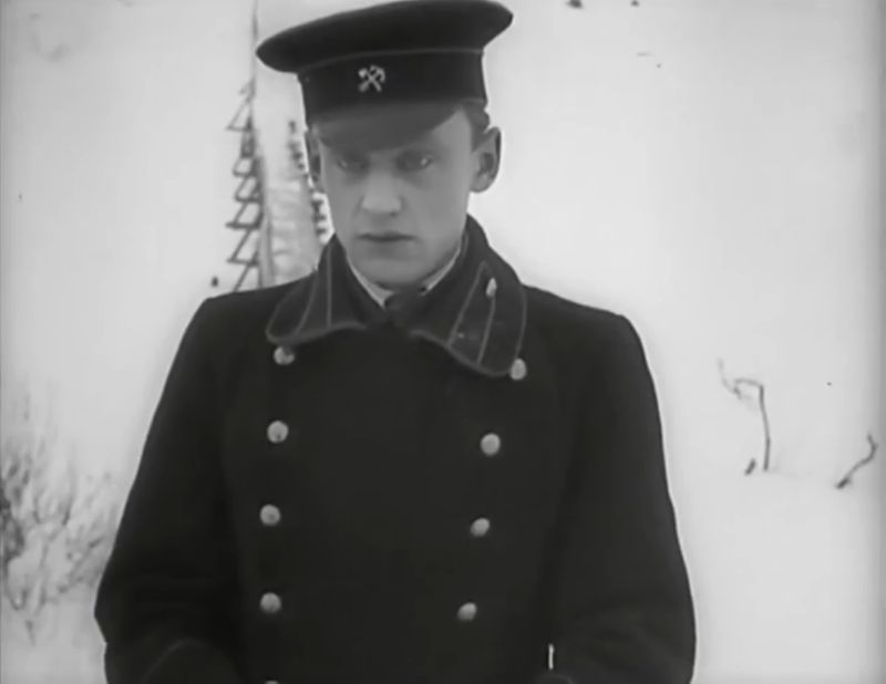La Jeune Fille au carton à chapeau, Boris Barnet 1927 Devushka s korobkoy Mezhrabpom-Rus (15)_saveur