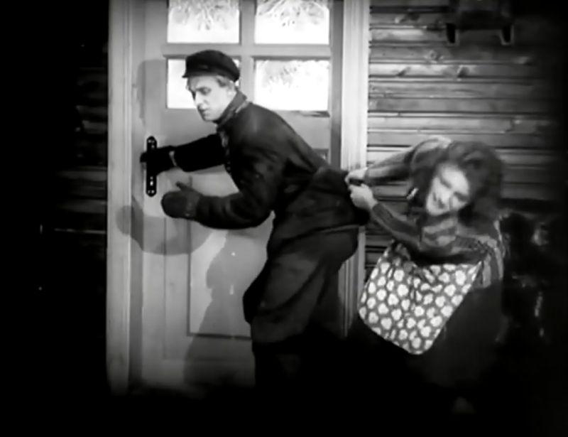 La Jeune Fille au carton à chapeau, Boris Barnet 1927 Devushka s korobkoy Mezhrabpom-Rus (1)_saveur