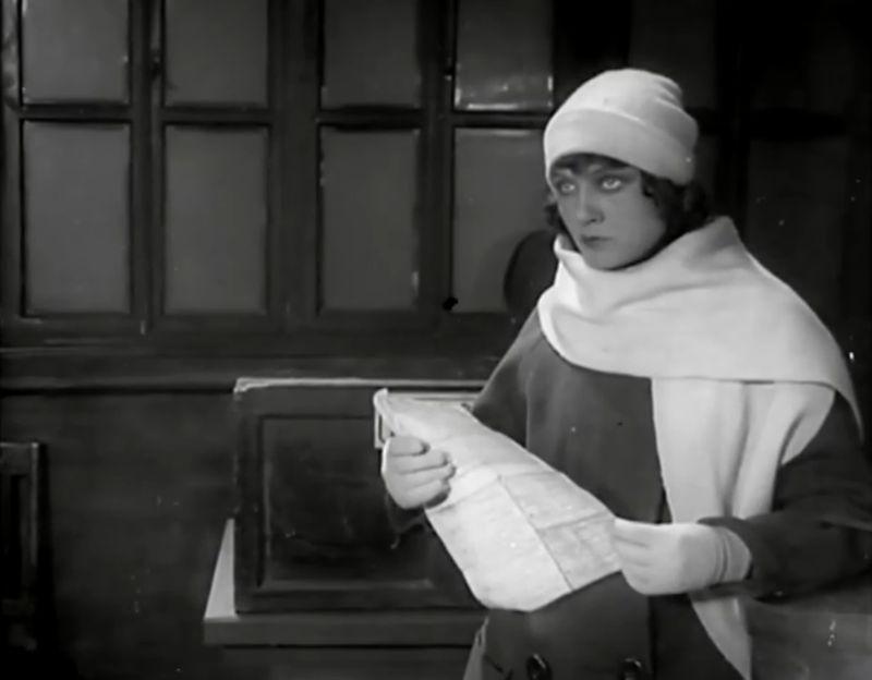La Jeune Fille au carton à chapeau, Boris Barnet 1927 Devushka s korobkoy Mezhrabpom-Rus (9)_saveur