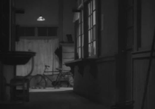 Une poule dans le vent, Yasujirô Ozu 1948 Kaze no naka no mendori Shochiku (3)