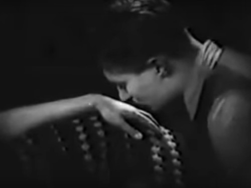 glomdalsbruden-tendresse-3